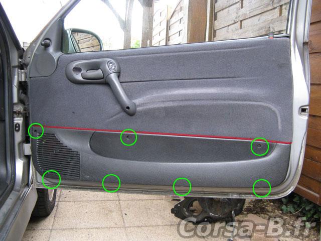 D monter les panneaux de portes avant corsa for Demonter une poignee de porte d entree